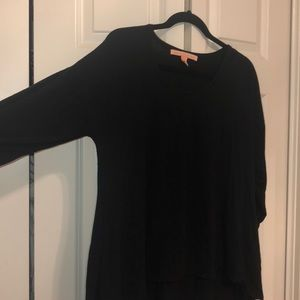 Black tunic type top!